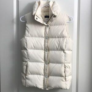 JCrew size xs ivory puffer vest